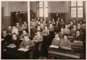 Damals: Klassenfoto ca. 1930, Schulhaus unbekannt (ev. Rheinschulhaus in Basel)