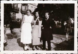 Bild: Gertrud Gürtler (re) im Mädchenpensionat «La Romande»