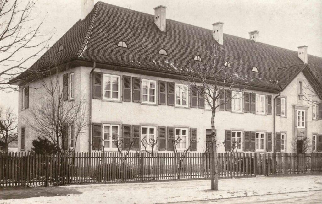 Bild: Fotokarte (vermutlich Egliseestrasse 30) aus dem Jahr 1929