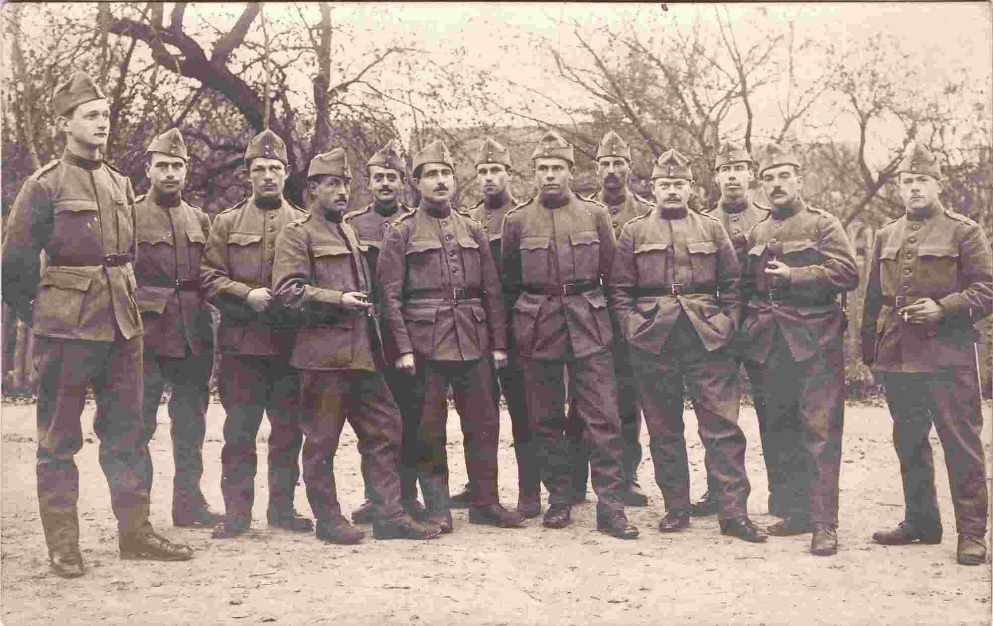 Bild: Guppenfoto mit Albert Gürtler-Baumann, 4. von rechts