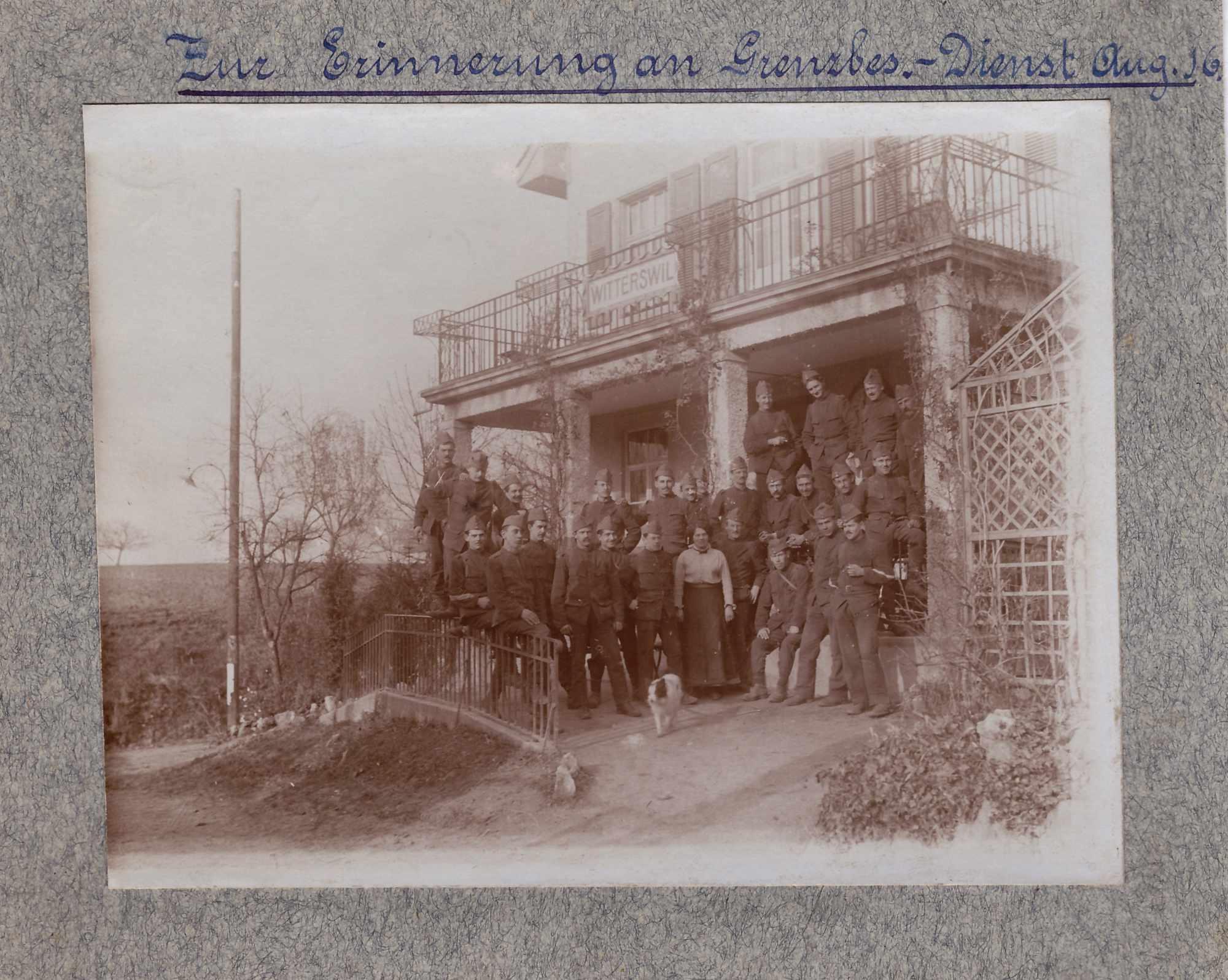 Bild: Gruppenfoto August 1916, Albert Gürtler 2. v. links, in Witterswil