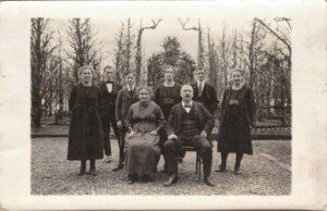 Bild: unbekannte Familie, Ort und Datum unbekannt