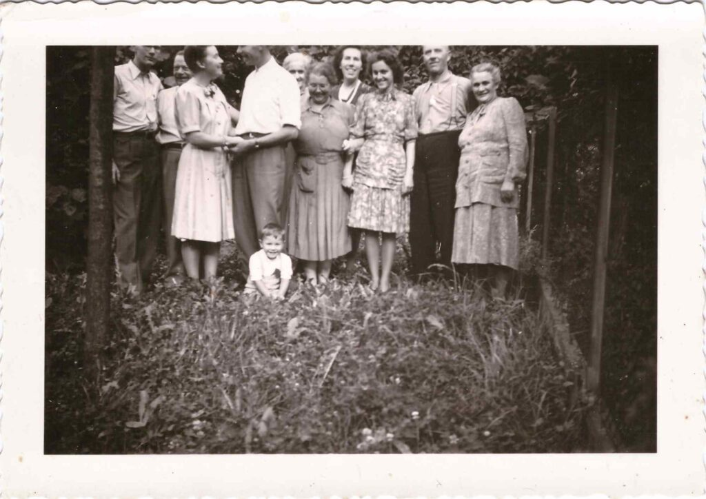 Bild: Familien Gürtler, Baumann, Ulrich, Verlobungsfeier Gertrud Ulrich?