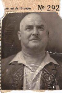 Bild: Ausriss aus Pass, unbekannter Mann ev. Vater von Maria Gürtler