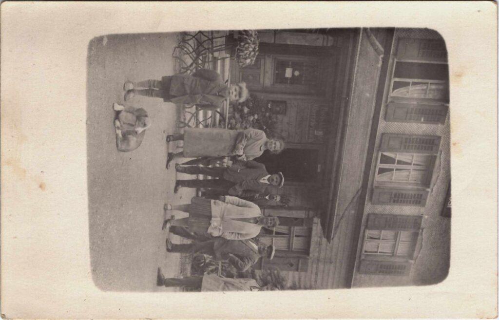 Bild: Postkarte an Familie Baumann (Eltern von Maria Gürtler-Baumann) 1. August 1927
