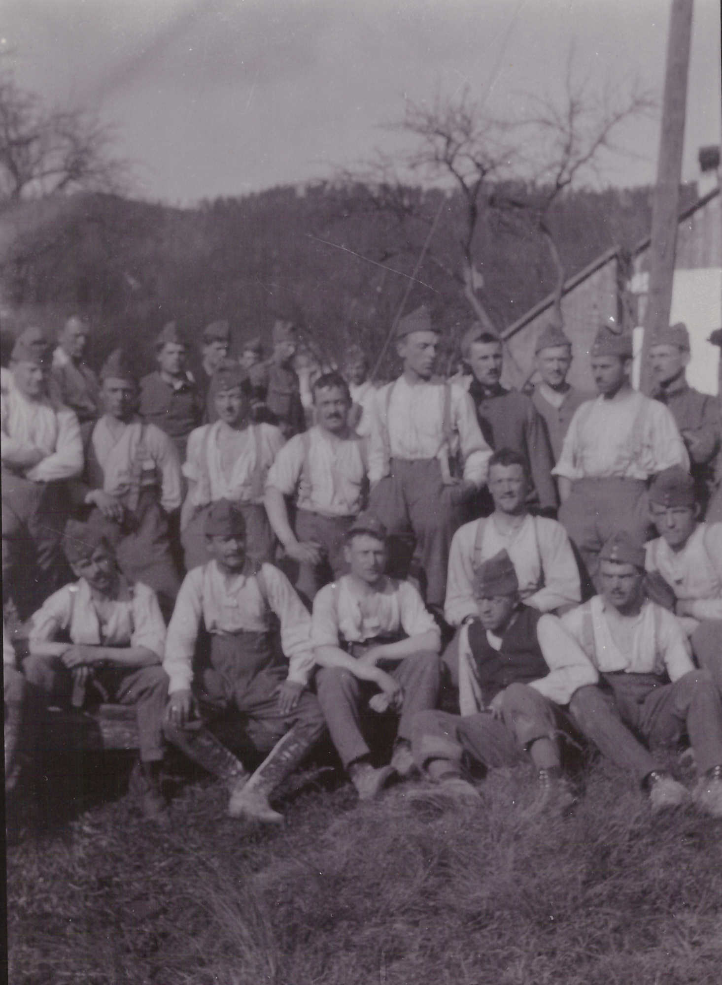 Bild: Gruppenbild mit Soldaten, Ort und Zeit unbekannt