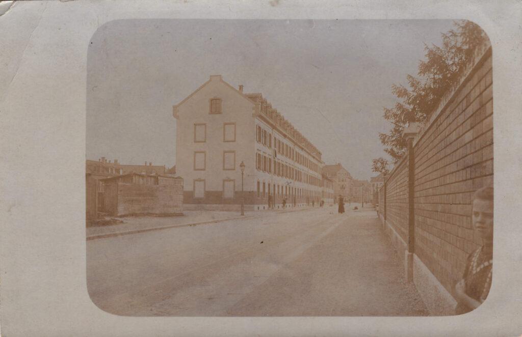 Bild: Postkarte, unbekannter Ort und unbekannte Person