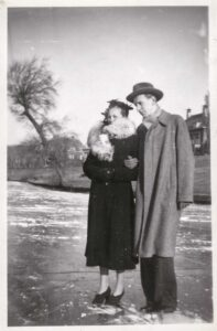 Bild: unbekanntes Paar auf dem Eis (23. Januar 1950 in Den Haag)