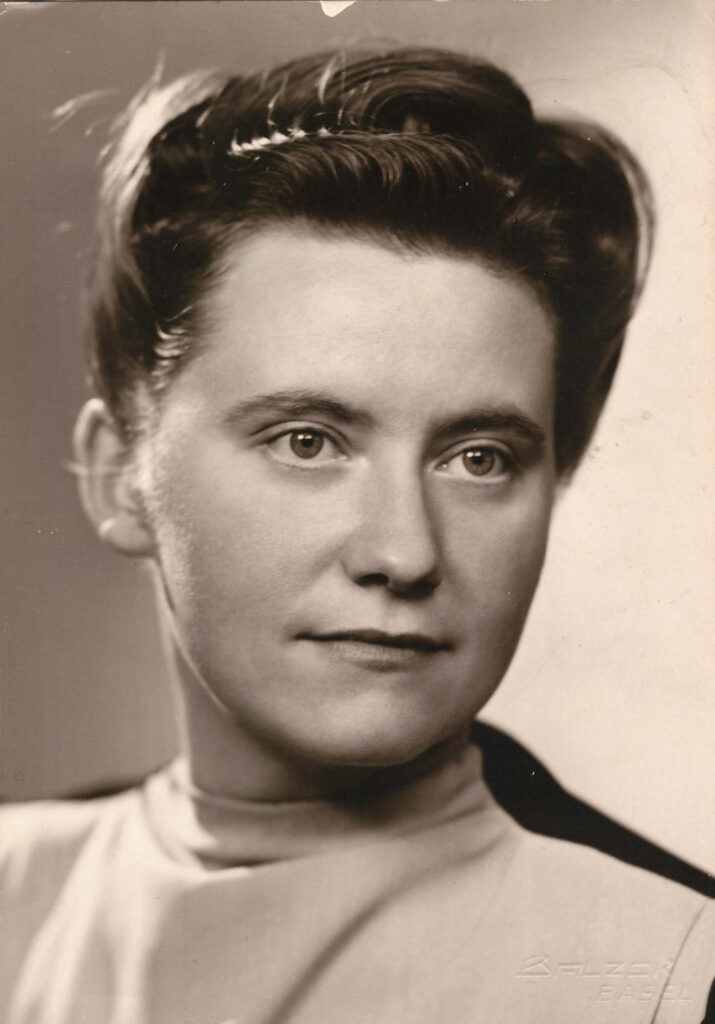Bild: Gertrud Gürtler, Verlobung 6. August 1944